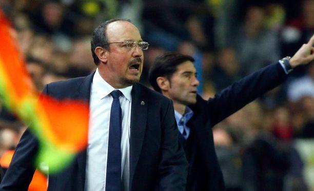 Rafael Beniteziin kohdistuva paine kasvaa.