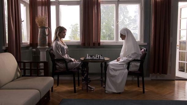 Luostari ei ole olekaan rauhan tyyssija.