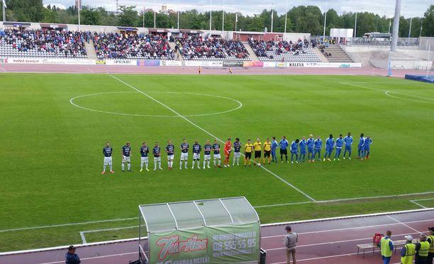 AC Oulun ja OPS:n keskiviikon paikallisottelu keskeytyi loppuhetkien perättömään pommiuhkaukseen.