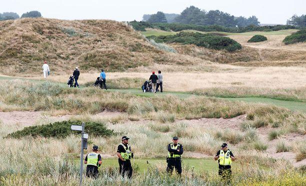 Trump lähti Skotlantiin pelaamaan golfia viikonlopuksi ennen saapumistaan Helsingin huipputapaamiseen.