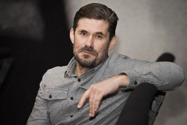 Näyttelijä Tommi Korpela palkittiin Moskovassa.