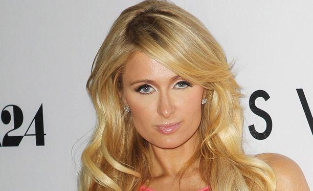 Paris Hilton myös osallistui elokuvan ensi-iltaan.