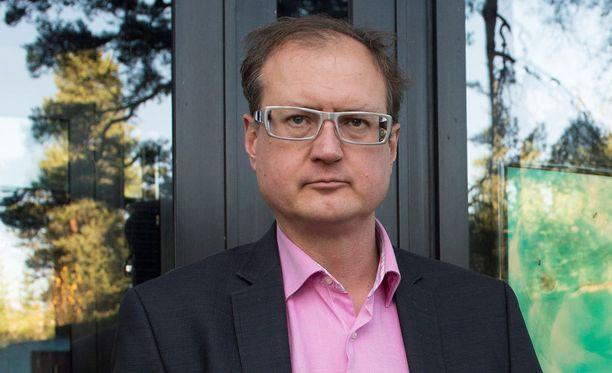 Särkänniemen toimitusjohtaja Miikka Seppälä sai hallitukselta täyden luottamuksen tiedotuksen epäonnistumisesta huolimatta.