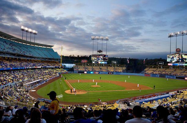 Dodger-stadionilla tapahtui kuolemaan johtanut onnettomuus elokuussa.