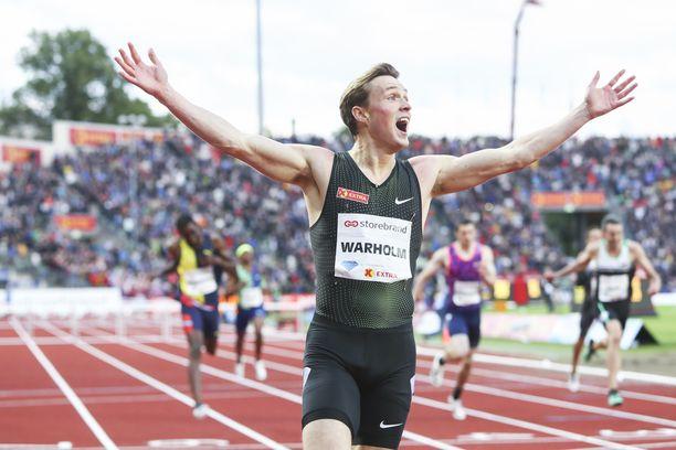 Karsten Warholm teki 400 metrin aidoissa uuden Euroopan ennätyksen.