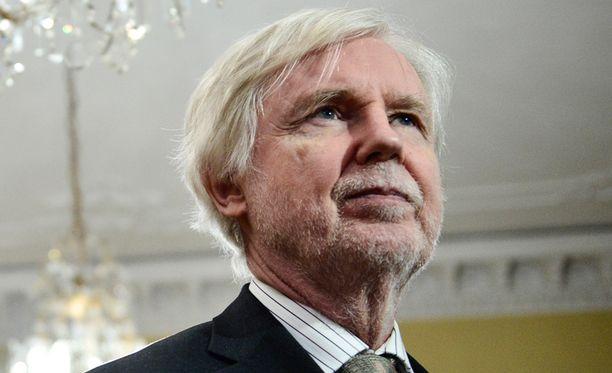 Ulkoministeri Erkki Tuomioja (sd).