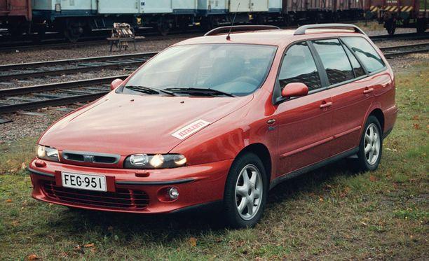 Fiat Marea oli ongelmainen. Hylkäysprosentti 51,89 vuoden 2000-malleissa.