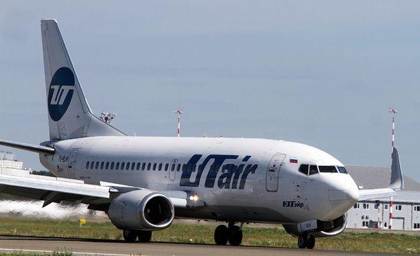 Onnettomuuteen joutunut kone oli siperialaisen Utairin Boeing 737. Kuvituskuva.