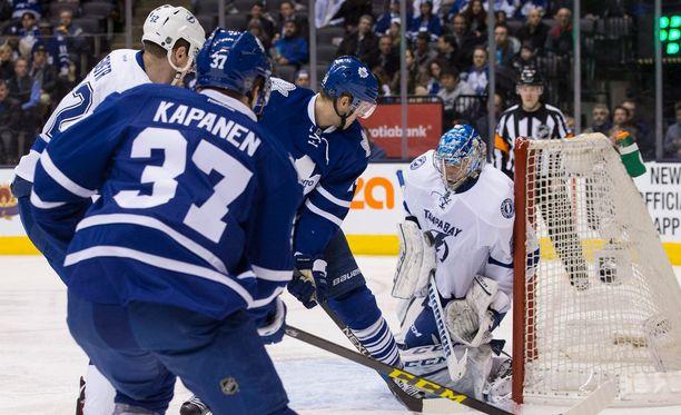 Kasperi Kapasen, 19, NHL-debyytti päättyi 1-2-tappioon.