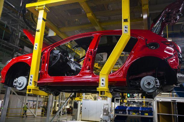 Valmet Automotiven tehtaalla rakennetaan Mercedes-Benzin A-sarjaa ja GLC-katumaastureita.