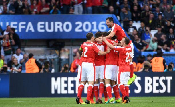 Sveitsi pääsi juhlimaan tasoitusta toisella puoliajalla.