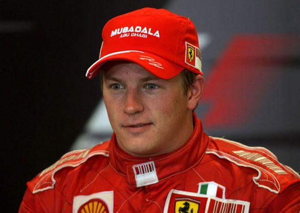 Kimi Räikkönen uskoo vielä mestaruusmahdollisuuksiinsa.
