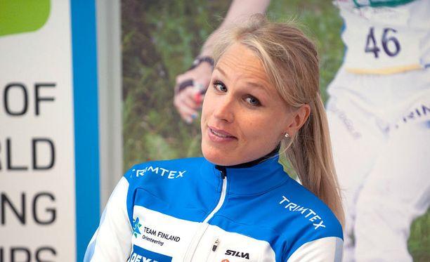 Minna Kauppi palaa treenipoluille vähitellen.