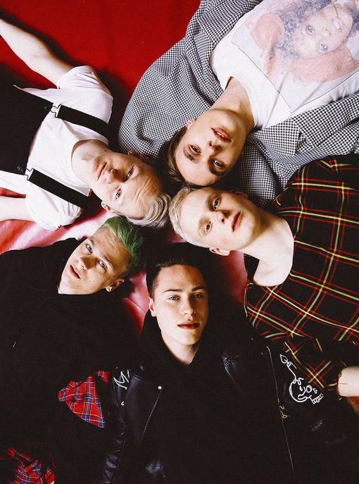 Kuumaa-yhtye on tehnyt musiikkia yhdessä muun muassa Olavi Uusivirran kanssa.
