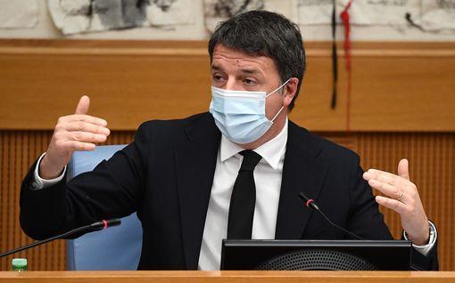 Italian hallitus kaatumassa - kaksi ministeriä eronnut