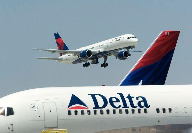 Deltan lento viivästyi riidan takia.