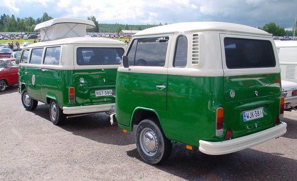 Tällä vuoden 1974 Volkswagen Kleinbusilla kelpaa matkailla kesäisessä Suomessa.