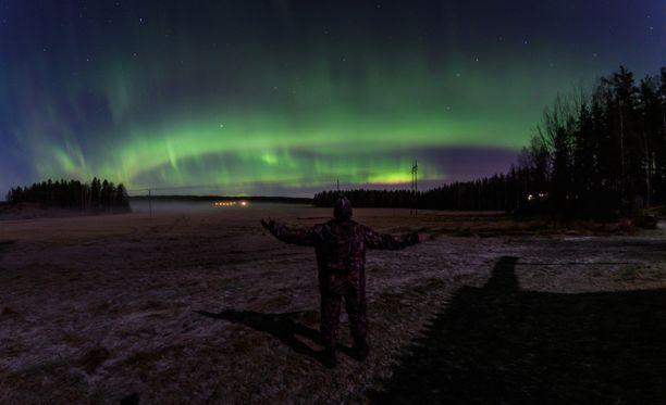 Tämä upea kuva on otettu Nurmijärveltä tiistain ja keskiviikon välisenä yönä.