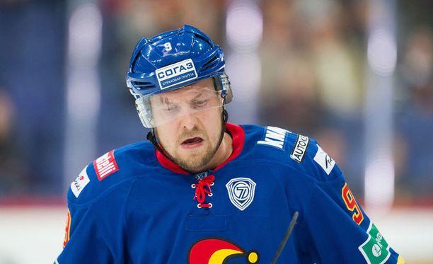 Niklas Hagmanilla riittää rutosti nälkää pudotuspeleihin.