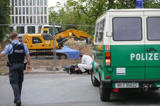 Poliisi valmistautuu suurevakuointiin Frankfurtissa.