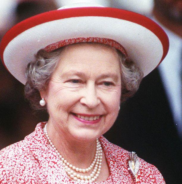 Kuningatar Elisabeth on tunnettu autoilun ystävä.