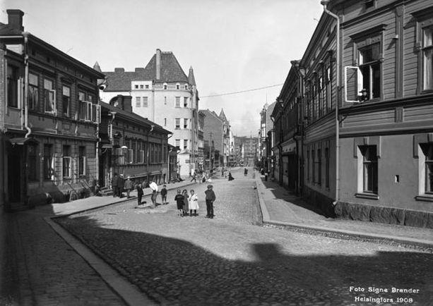 Iso Roobertinkatu näytti tältä vuonna 1908.