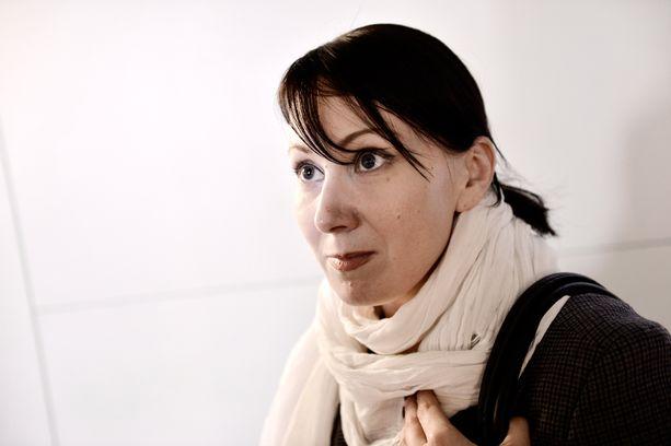 Hanna Mäntylä ei halua kertoa, miten hän päätyi Tiina Ullvén-Putkoseen tai millainen rooli Matti Putkosella oli palkkaamisessa.