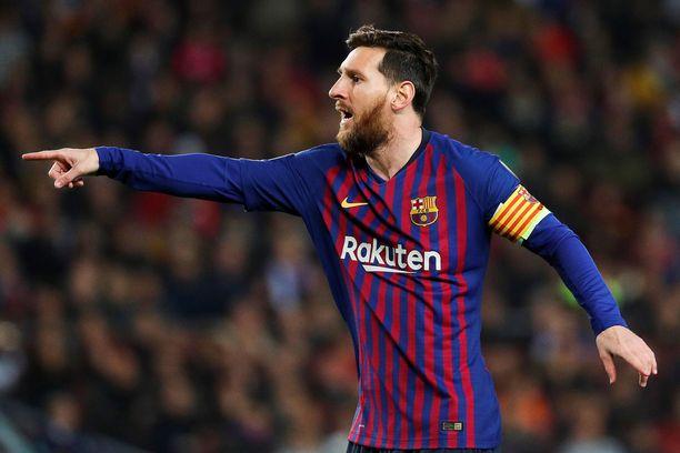 Leo Messi kohtaa Mestarien liigan ensimmäisellä pudotuspelikierroksella Olympique Lyonin.