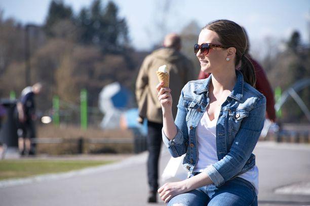 Huhtikuuta vietetään Suomessa ennusteiden mukaan lämpimässä säässä.