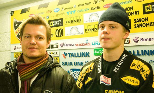 Sami Kapanen katsoi poikansa NHL-debyytin tv:stä.