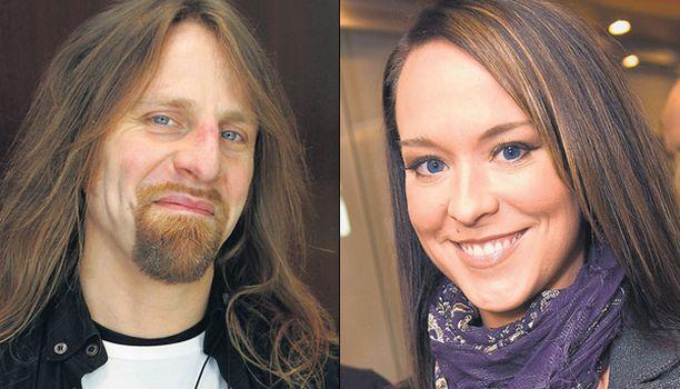 LUPAUS AVIOLIITOSTA Jone Nikula ja Ellen Jokikunnas tekivät lupauksen avioliitosta sunnuntaina Tuska-festivaaleilla.