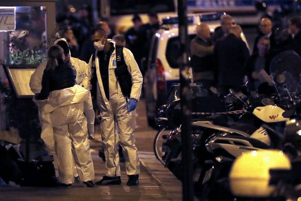 Pariisin iskua tutkitaan terroritekona.