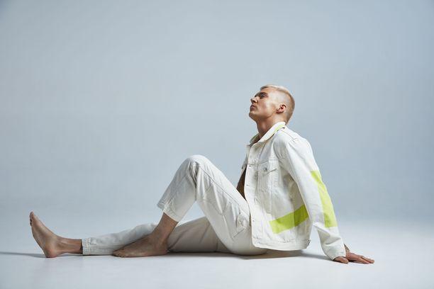 Elias Kaskinen on uudistanut myös tyylinsä.