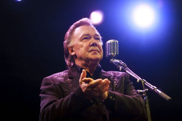 Kari Tapio konsertoi Vantaalla marraskuussa 2009. Hän kuoli vuoden 2010 joulukuussa.