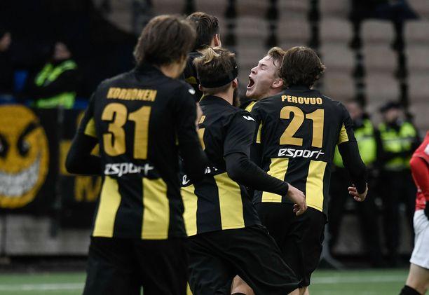 Ilari Äijälän 1-0-maali nosti espoolaisten ilon ylimmilleen.