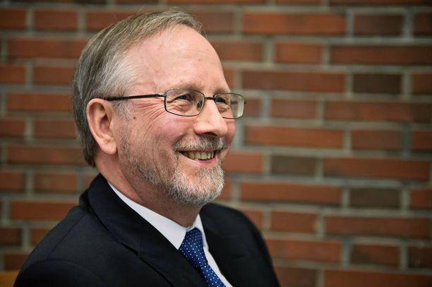 Professori Vesa Kanniaisen toimittama tuore raportti haarukoi eurosta eroamisen hintaa.