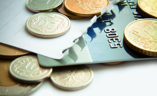 Valepoliisit huijaavat ikäihmisiltä pankkikortteja tunnuslukuineen sekä rahaa ja arvoesineitä.