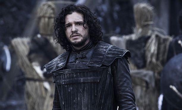 Game of Thrones sai roppakaupalla Emmy-ehdokkuuksia, mutta sarjan päätähtiin lukeutuva Kit Harington jäi ilman ehdokkuutta. Haringtonin roolihahmo on Jon Snow.