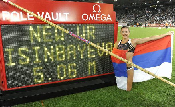 28.8.2009 Isinbajeva teki seiväshypyn ME-tuloksen Zürichissä.
