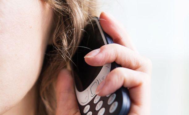 Elisa on rikkonut matkapuhelinliittymien puhelinmarkkinointikieltoa. Kuvituskuva.