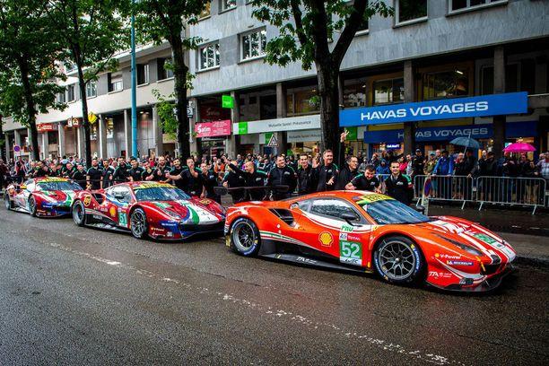 Ferrarin AF Corse -tiimi kilpailee GTE Pro -luokassa kolmella autolla. Etummainen Ferrari 488 GTE (numero 52) kuuluu Toni Vilanderin autokunnalle.