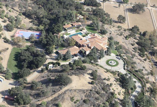 Lieskat eivät ylettyneet näyttelijä Jamie Foxxin kotiin.