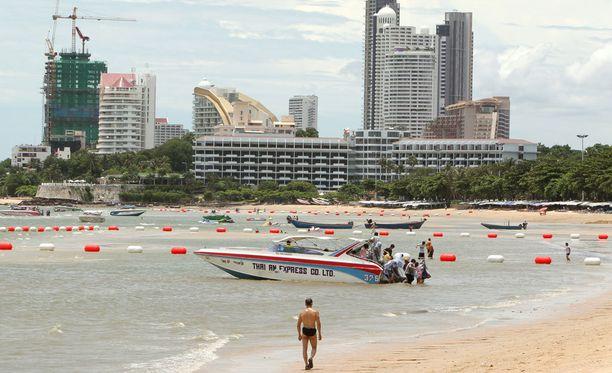 Pattayan paikallinen rauhoitteli turisteja, mainiten tosin, että turvallisuusjärjestelyjä on kiristetty. Arkistokuva.