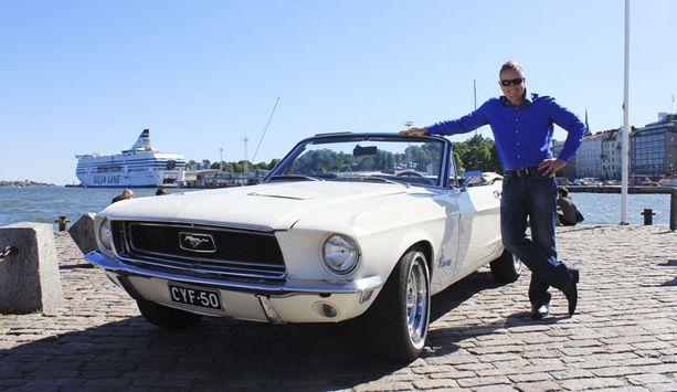 Jari Öystilälle Mustang on kesällä käyttöauto.