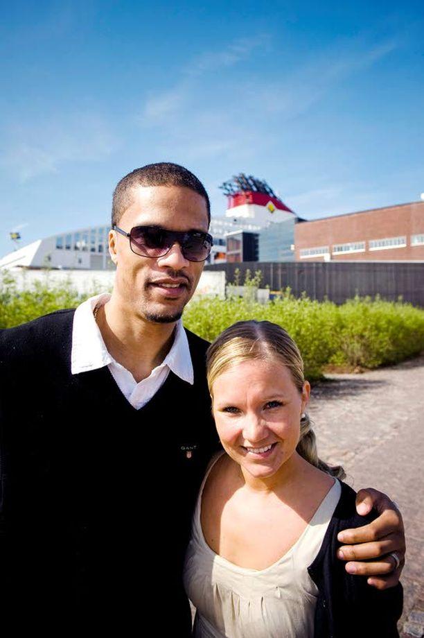 Damon Williams ja Eva Vuomajoki tutustuivat vuonna 1999.