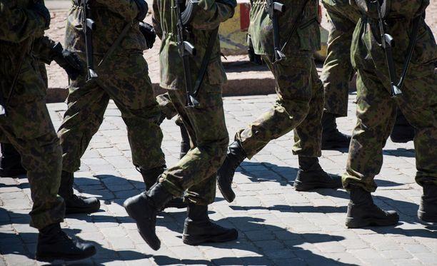 Puolustusvoimien kantahenkilökunnalla on jatkossa velvoite osallistua kansainvälisen avun antamiseen.