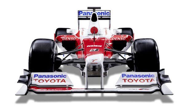 Toyotan tuoreen auton ulkonäköön ovat vahvasti vaikuttaneet sääntömuutokset.