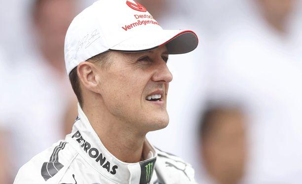 Michael Schumacherin perhe on jatkuvasti lehdistön seurannassa.