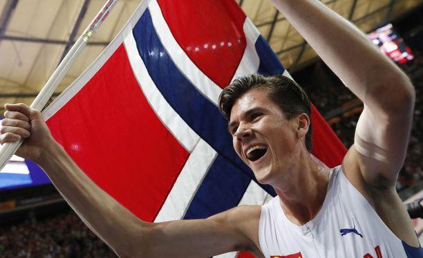 Jakob Ingebrigtsen voitti perjantaina Berliinissä 1 500 metrin EM-kultaa.