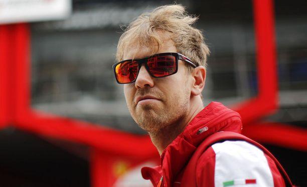 """Sebastian Vettel sanoo olevansa """"tavallinen kundi""""."""